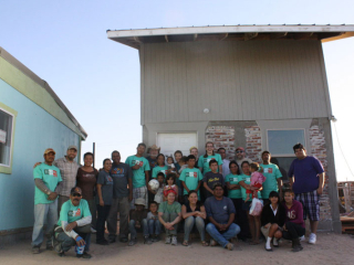 Lakeside Lumber donated materials for Equipo shelters in Mexico